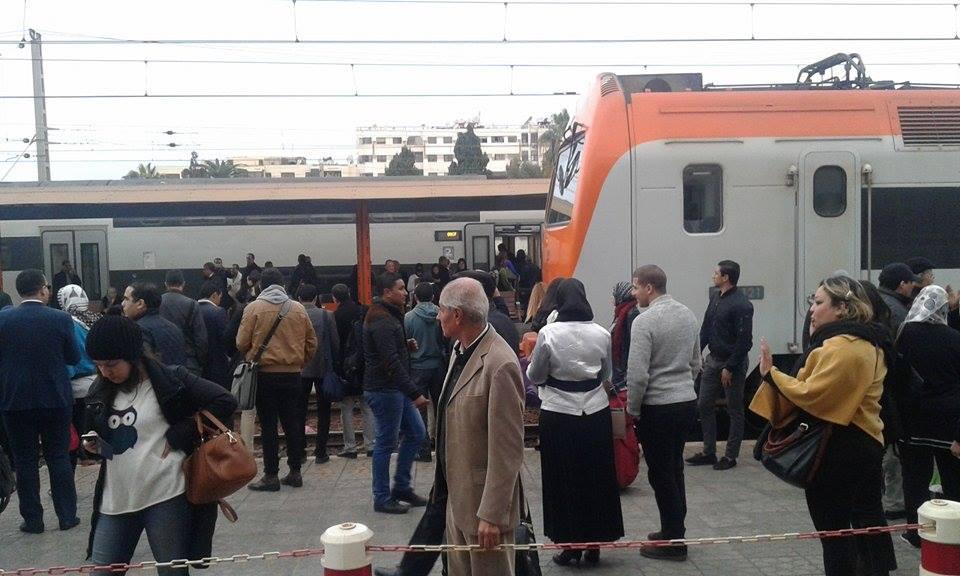 حالة فوضى سابقة في إحدى محطات القطار - ارشيف