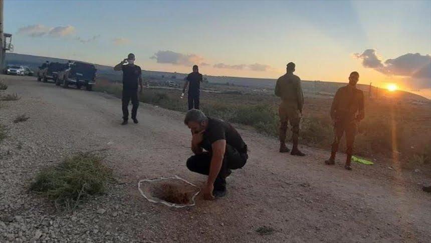 النفق الذي هرب عبره 6 أسرى فلسطينيين من سجن جلبوع